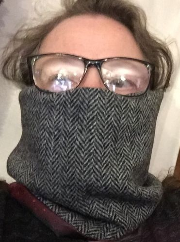 Snood , Close-fit Harris Tweed Face-Snood